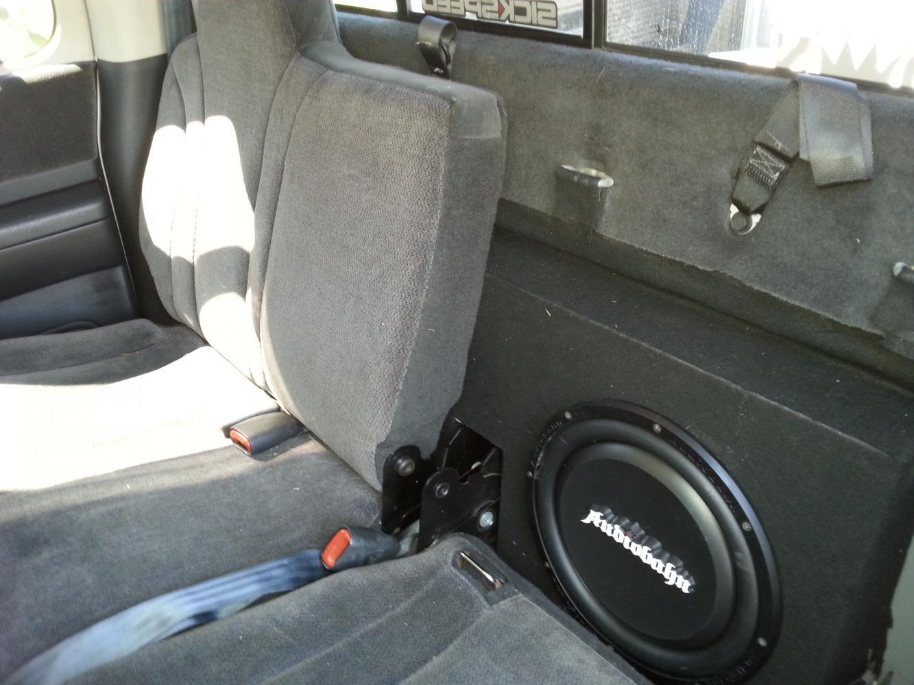 D Custom Dual Sub Box Hidden Behind Seats on 06 Dodge Dakota Quad