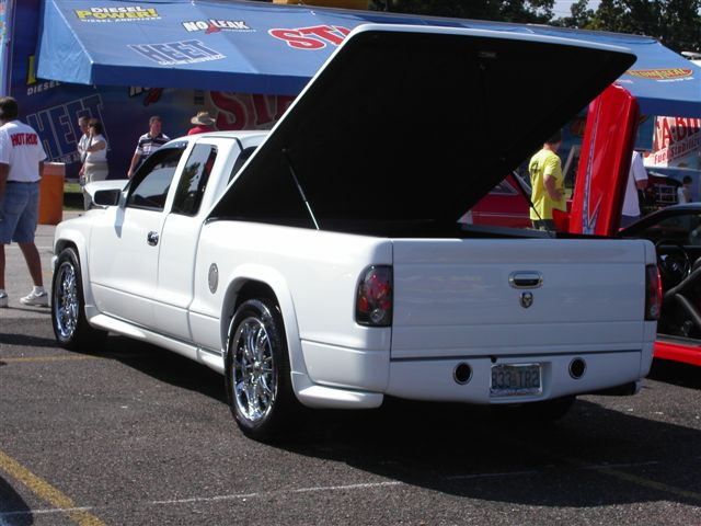 hard tonneau cover? - dodge dakota forum : custom dakota truck forums